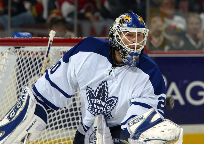 For the Maple Leafs to win their first playoff series since 2004, they'll need their young stars to step up the way goalie Ed Belfour, and centre Joe Nieuwendyk did for them in that seven-game victory over the Senators. / Getty Images